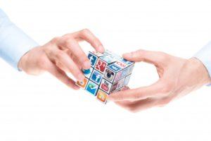 la importancia de aprender a gestionar las redes sociales