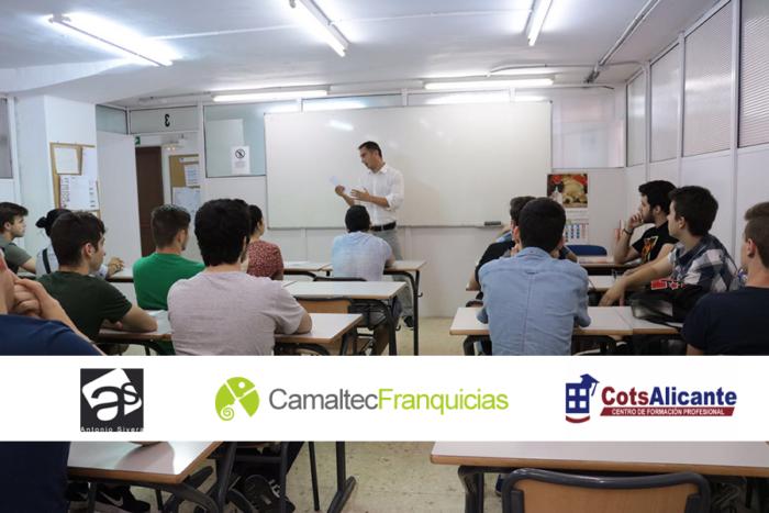 1 Presentación del reto en Academia Cots
