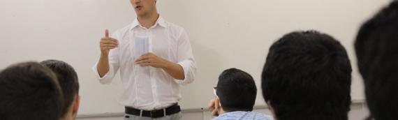 Presentación del reto en Academia Cots