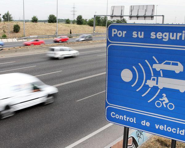 Aplicaciones móviles antirradares 600x480 c Aplicaciones móviles Alicante