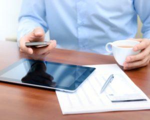Ventajas de utilizar tu dispositivo móvil en el trabajo 300x240 c Aplicaciones móviles Alicante