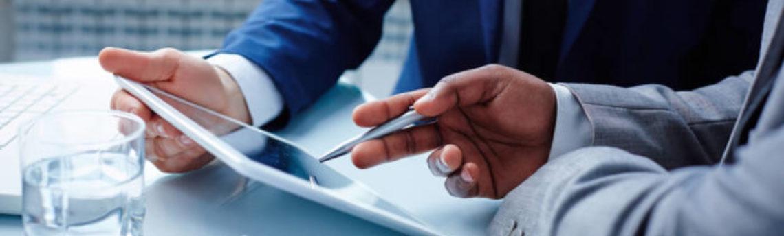 Buscar la financiación a través de un consultor web