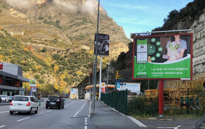 pancarta calle Camaltec Andorra colabora en la imagen de Gofer